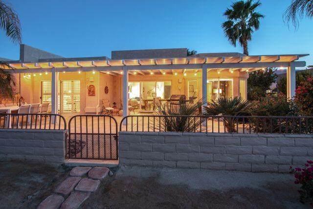 48512 Via Amistad, La Quinta, CA 92253 (#219059599DA) :: Wendy Rich-Soto and Associates