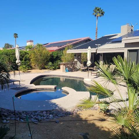 40725 Meadow Lane, Palm Desert, CA 92260 (#219059607DA) :: Wendy Rich-Soto and Associates