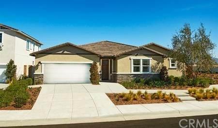 34454 Bloomberry Road, Murrieta, CA 92563 (#EV21064987) :: TeamRobinson | RE/MAX One