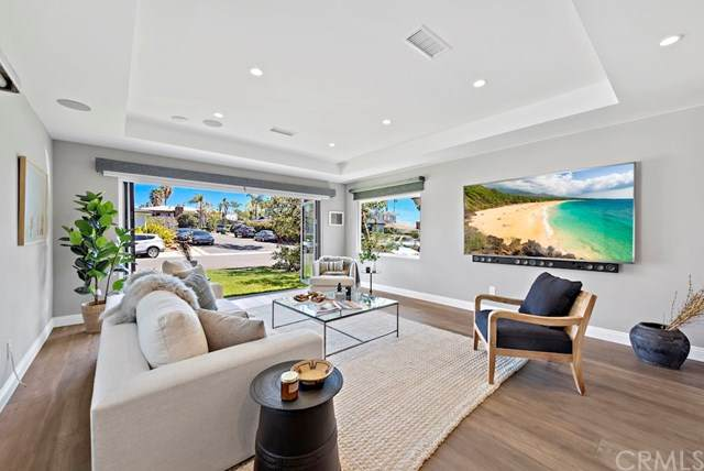 156 Mcknight Drive, Laguna Beach, CA 92651 (#LG21065278) :: Crudo & Associates