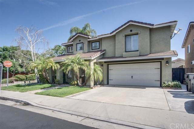 811 Viewpointe Lane, Corona, CA 92881 (#PW21065228) :: The Marelly Group   Sentry Residential