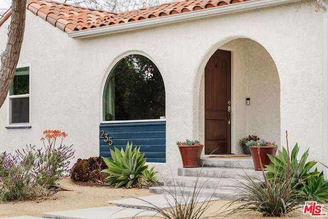 235 Ventura Street, Altadena, CA 91001 (#21712444) :: Wendy Rich-Soto and Associates