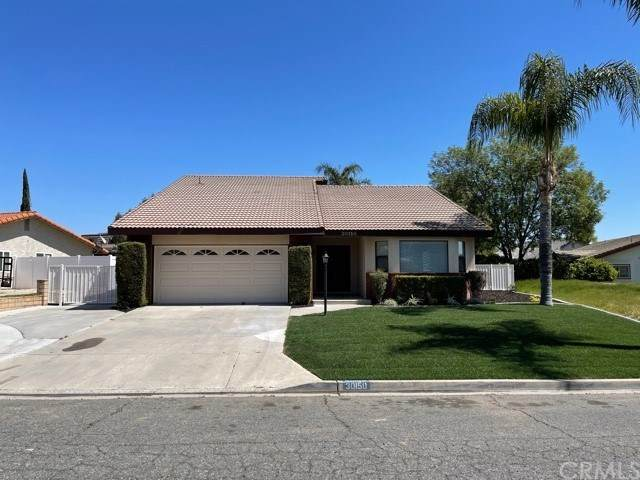 30150 Cove View Street, Canyon Lake, CA 92587 (#IV21066441) :: Realty ONE Group Empire