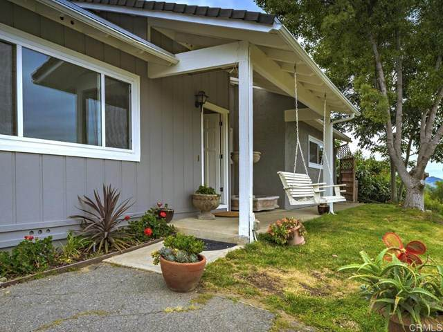 3112 E Vista Way, Vista, CA 92084 (#NDP2103383) :: eXp Realty of California Inc.
