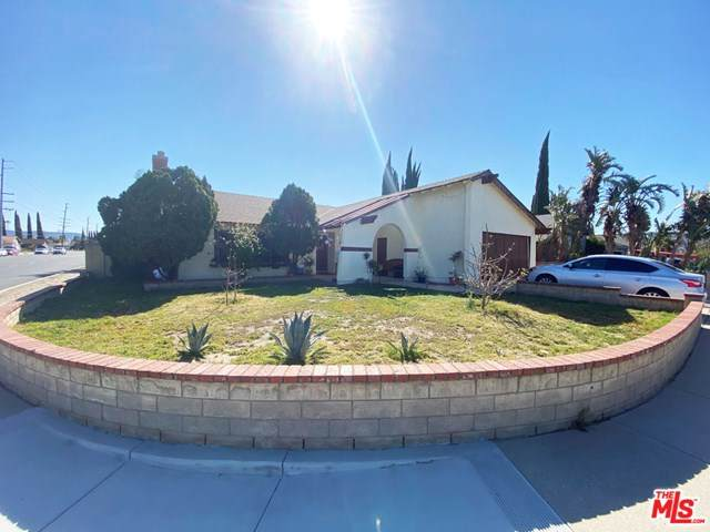 2396 N Justin Avenue, Simi Valley, CA 93065 (#21712842) :: eXp Realty of California Inc.