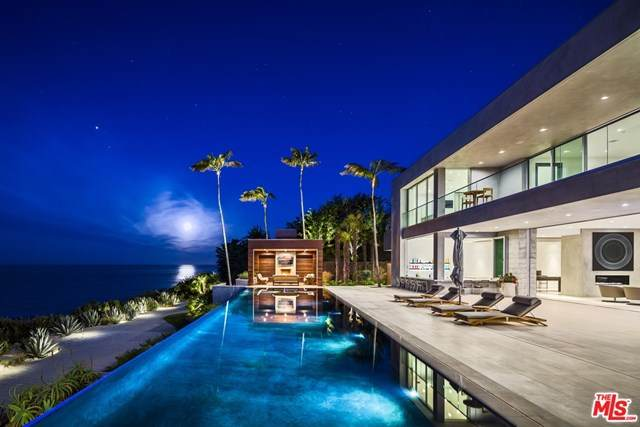 11846 Ellice Street, Malibu, CA 90265 (#21710874) :: Corcoran Global Living