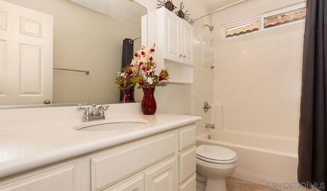 465 Ashbourne Gln, Escondido, CA 92027 (#210008440) :: Koster & Krew Real Estate Group | Keller Williams