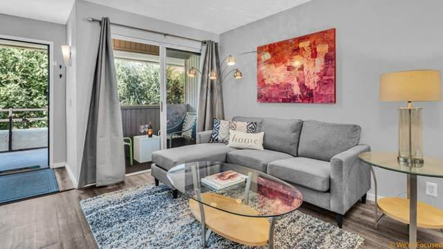 420 N Villa Court #204, Palm Springs, CA 92262 (#219059821PS) :: Compass