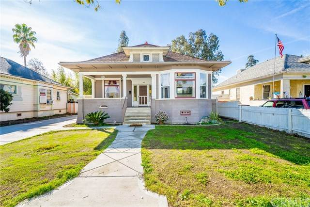 148 W E Street, Colton, CA 92324 (#DW21069053) :: Koster & Krew Real Estate Group | Keller Williams