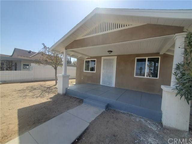 236 E Williams Street, Barstow, CA 92311 (#RS21069065) :: Koster & Krew Real Estate Group | Keller Williams