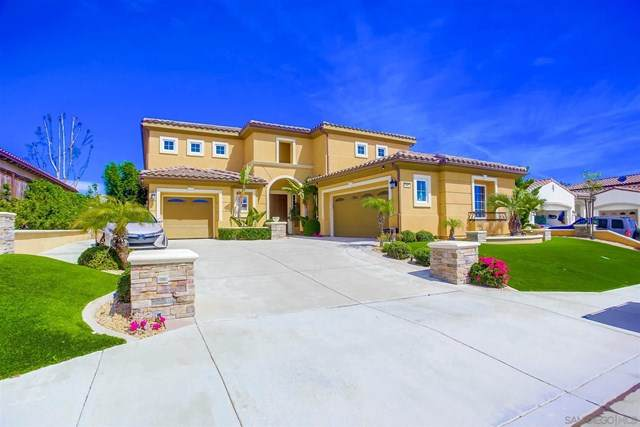 1090 Village Dr, Oceanside, CA 92057 (#210008552) :: Wendy Rich-Soto and Associates