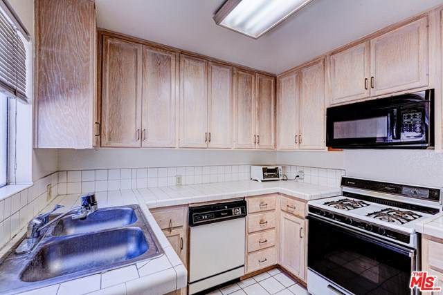 3715 Midvale Avenue - Photo 1