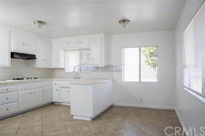 4017 W 111th Street, Inglewood, CA 90304 (#IN21069259) :: Wendy Rich-Soto and Associates