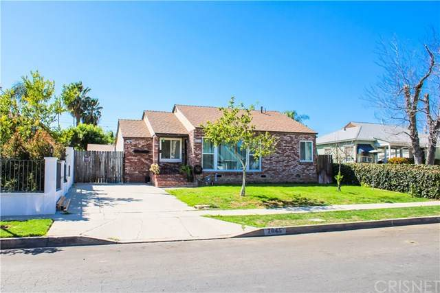 7045 Claire Avenue, Reseda, CA 91335 (#SR21069385) :: Koster & Krew Real Estate Group | Keller Williams