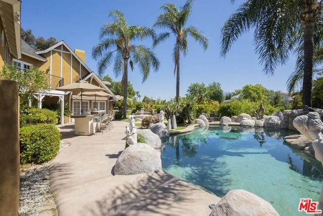 1370 Kashlan Road, La Habra Heights, CA 90631 (#21713366) :: Koster & Krew Real Estate Group | Keller Williams