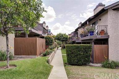 540 W Foothill Boulevard E, Monrovia, CA 91016 (#AR21070125) :: Koster & Krew Real Estate Group | Keller Williams