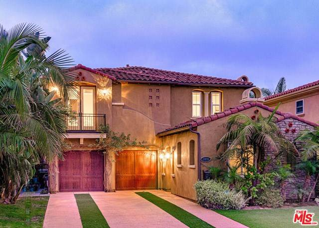 7970 W 79Th Street, Playa Del Rey, CA 90293 (#21713514) :: Rogers Realty Group/Berkshire Hathaway HomeServices California Properties