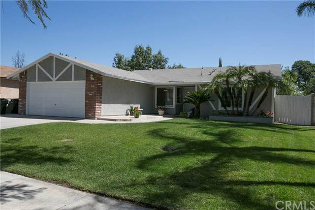1676 N Randall Avenue, Colton, CA 92324 (#IG21070277) :: Koster & Krew Real Estate Group | Keller Williams