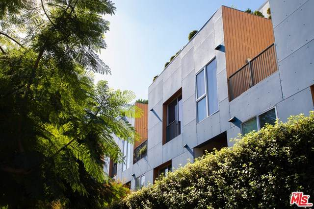 855 Croft Avenue - Photo 1