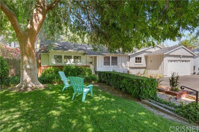 23327 Oxnard Street, Woodland Hills, CA 91367 (#SR21070526) :: Steele Canyon Realty