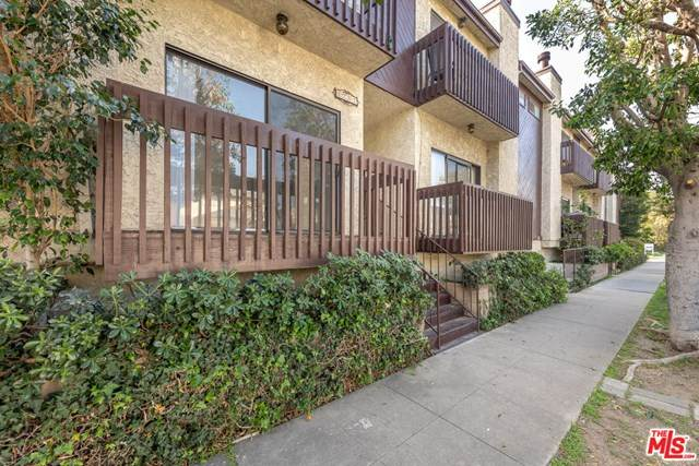 1702 Brockton Avenue #5, Los Angeles (City), CA 90025 (#21714534) :: Koster & Krew Real Estate Group | Keller Williams