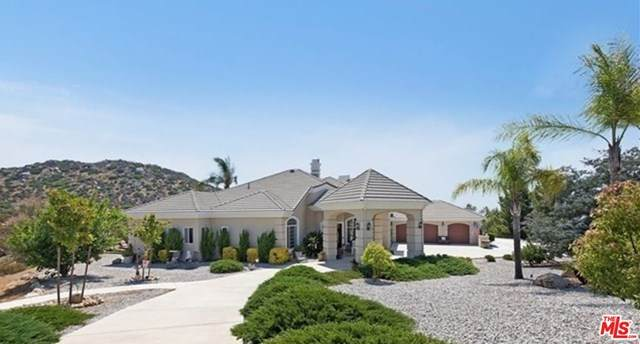23035 Sky Mesa Road, Homeland, CA 92548 (#21715228) :: Swack Real Estate Group | Keller Williams Realty Central Coast