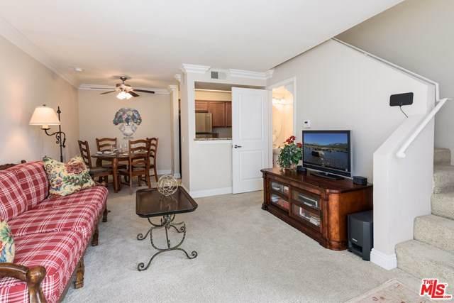 355 N Maple Street #203, Burbank, CA 91505 (#21715914) :: Koster & Krew Real Estate Group | Keller Williams