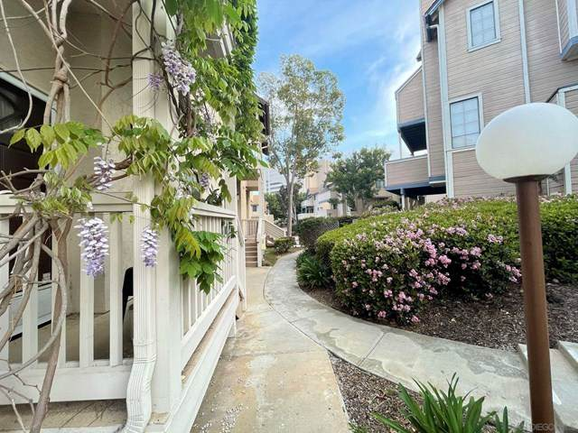 9290 Towne Centre Dr #90, San Diego, CA 92121 (#210008911) :: Wendy Rich-Soto and Associates