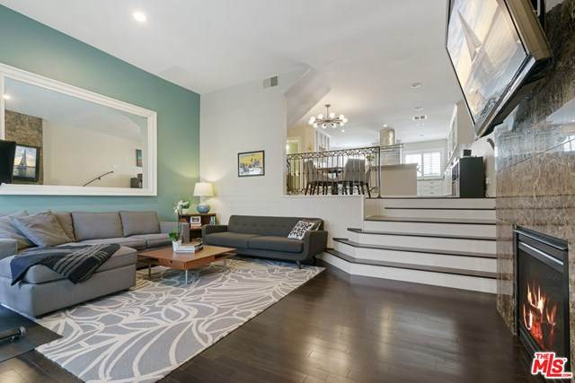 3656 Via Dolce, Marina Del Rey, CA 90292 (#21716192) :: The Marelly Group | Compass