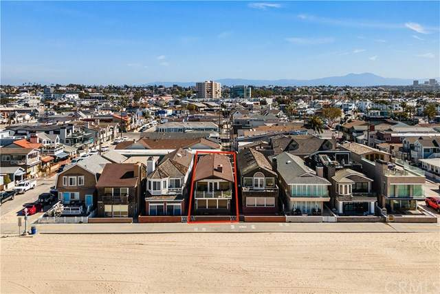 2808 W Oceanfront, Newport Beach, CA 92663 (#NP21049410) :: Steele Canyon Realty