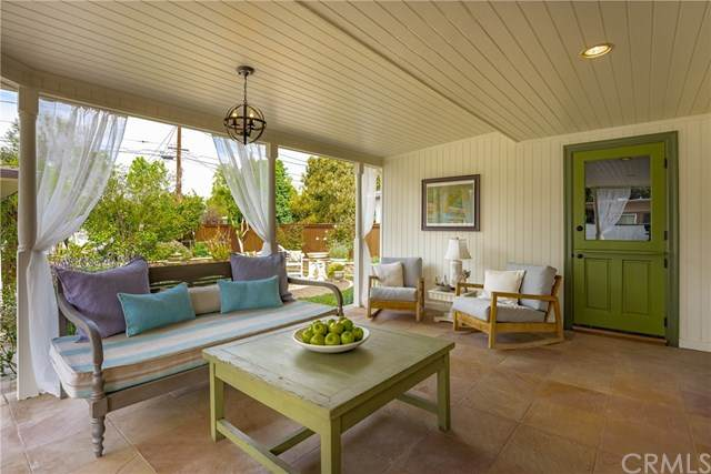 2102 Poinsettia Street, Santa Ana, CA 92706 (#OC21061328) :: Better Living SoCal