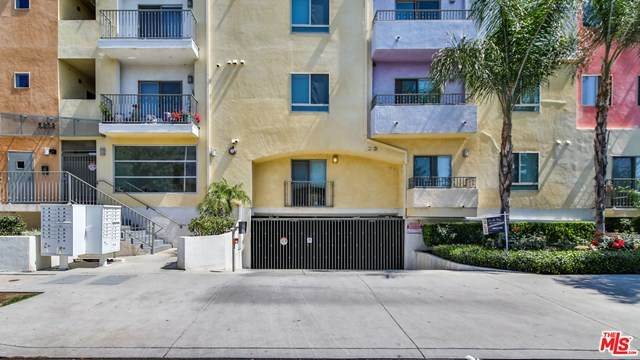 5232 Satsuma Avenue #105, North Hollywood, CA 91601 (#21715782) :: Koster & Krew Real Estate Group | Keller Williams