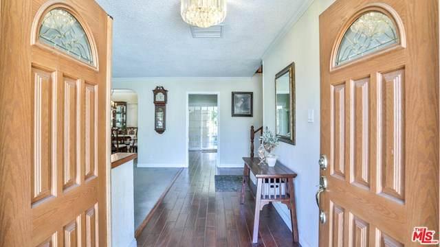 17604 Horace Street, Granada Hills, CA 91344 (#21713052) :: Wendy Rich-Soto and Associates