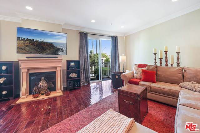 1023 Wilcox Avenue #201, Los Angeles (City), CA 90038 (#21715858) :: Mark Nazzal Real Estate Group