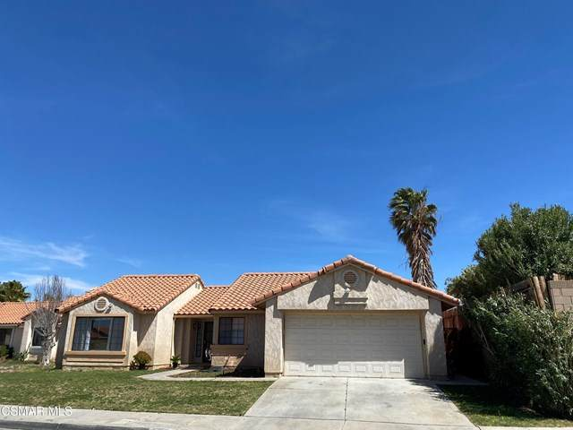 37702 50th Street E, Palmdale, CA 93552 (#221001838) :: Wendy Rich-Soto and Associates