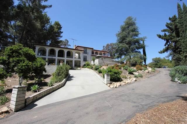 1552 Vale Terrace Drive, Vista, CA 92084 (#NDP2103803) :: eXp Realty of California Inc.