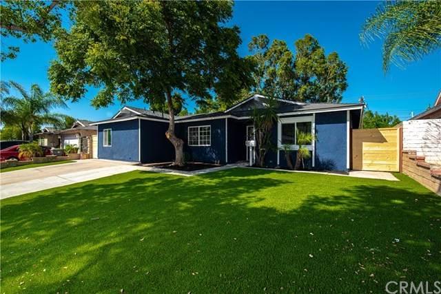 1561 Brentwood Drive, Corona, CA 92882 (#OC21075001) :: eXp Realty of California Inc.