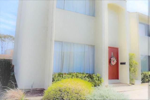 3137 Seacrest Avenue #8, Outside Area (Inside Ca), CA 93933 (#ML81838365) :: Zutila, Inc.