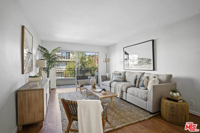 1440 23Rd Street #204, Santa Monica, CA 90404 (#21710328) :: The Kohler Group