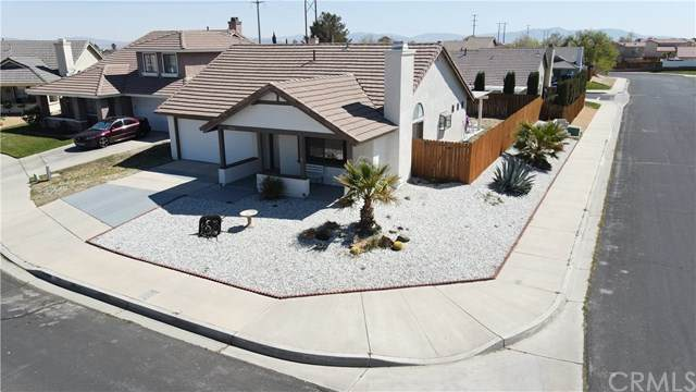 12261 Cobblestone Circle, Victorville, CA 92392 (#SB21075033) :: The Houston Team | Compass