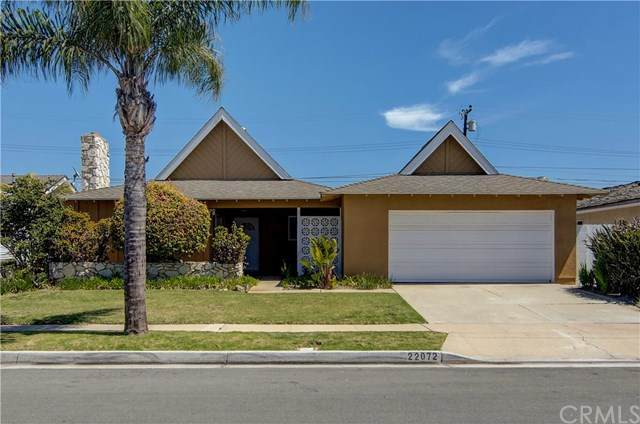 22072 Capistrano Lane, Huntington Beach, CA 92646 (#PW21075075) :: Doherty Real Estate Group