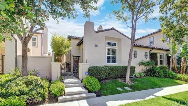 208 Scarlet, Irvine, CA 92603 (#OC21075105) :: Rogers Realty Group/Berkshire Hathaway HomeServices California Properties