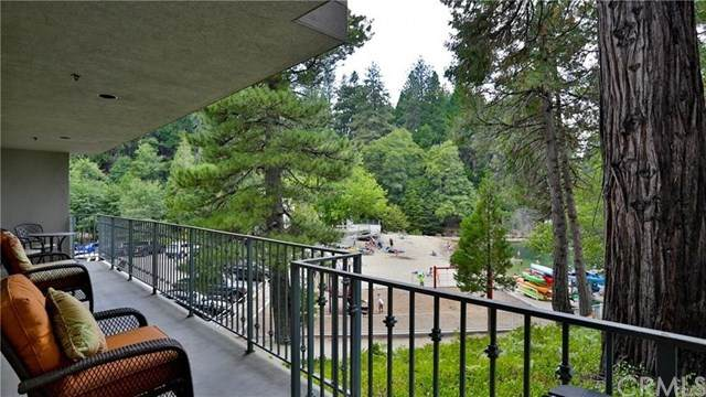 302 Villa, Lake Arrowhead, CA 92352 (#EV21075208) :: Koster & Krew Real Estate Group | Keller Williams