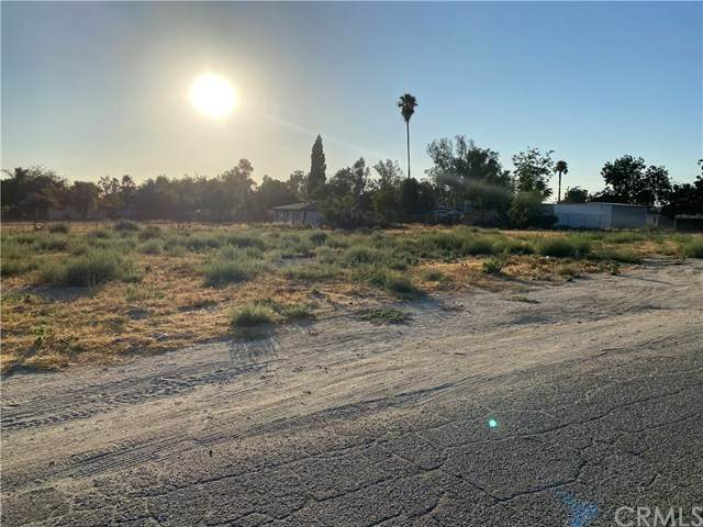 586 S Valley View Avenue, San Bernardino, CA 92408 (#PW21075378) :: Koster & Krew Real Estate Group | Keller Williams