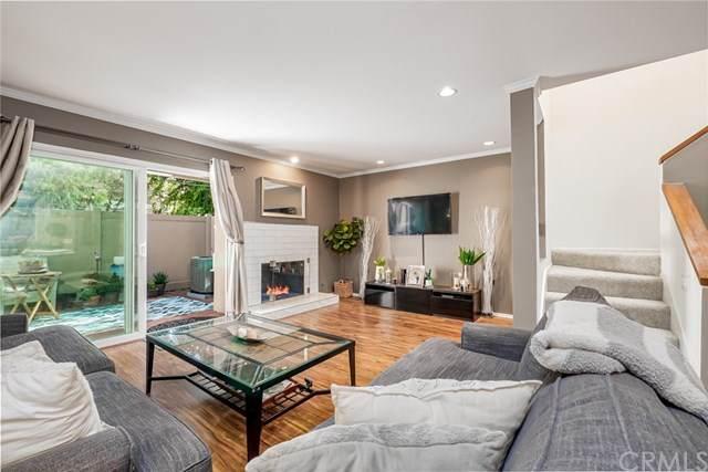5927 E Creekside Avenue #7, Orange, CA 92869 (#PW21075453) :: Wendy Rich-Soto and Associates