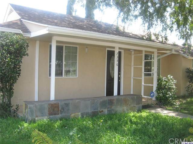 7356 White Oak Avenue, Van Nuys, CA 91406 (#320005657) :: Twiss Realty