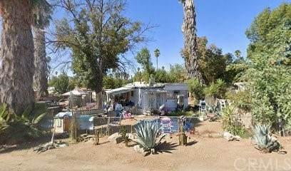 22631 La More Road, Perris, CA 92570 (#SB21075546) :: Amazing Grace Real Estate   Coldwell Banker Realty