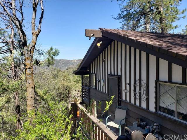 107 Zermat Drive, Crestline, CA 92325 (#EV21075568) :: Koster & Krew Real Estate Group | Keller Williams