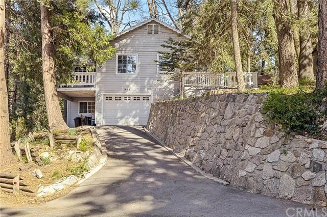 963 Chateau Drive, Crestline, CA 92325 (#EV21075604) :: Koster & Krew Real Estate Group | Keller Williams