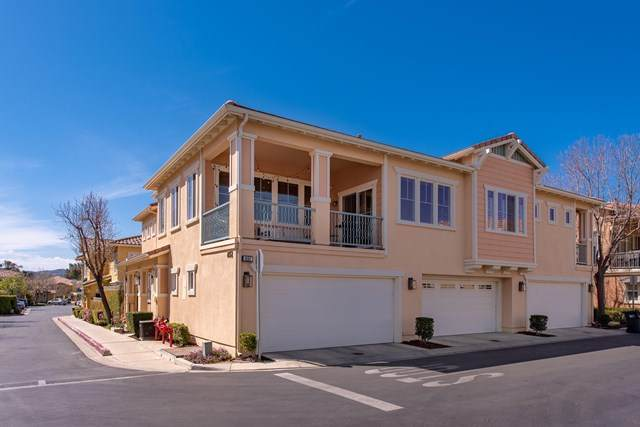 4152 Orontes Way A, Simi Valley, CA 93063 (#221001863) :: Necol Realty Group